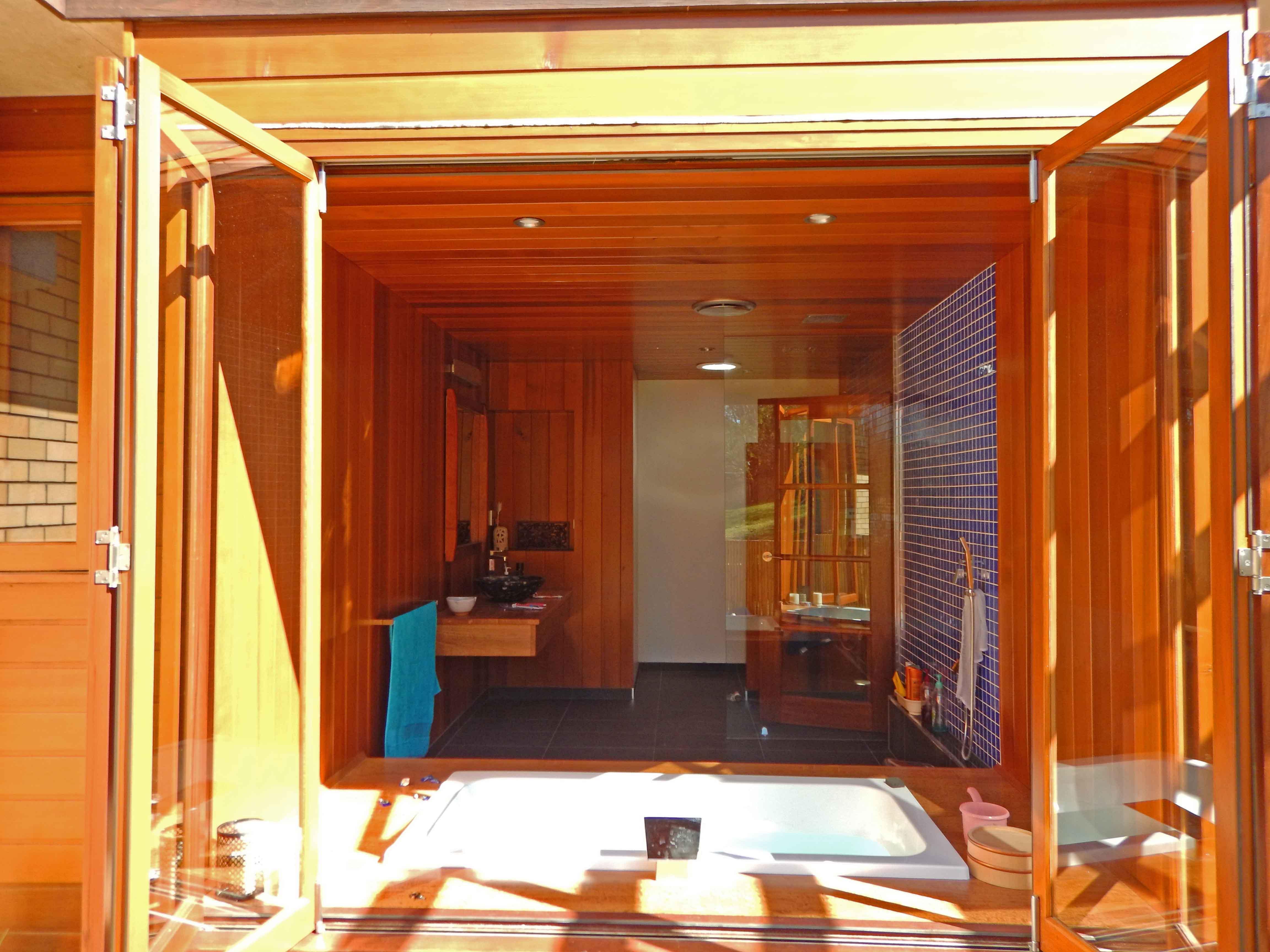 moore-bath-window-exterior-shot