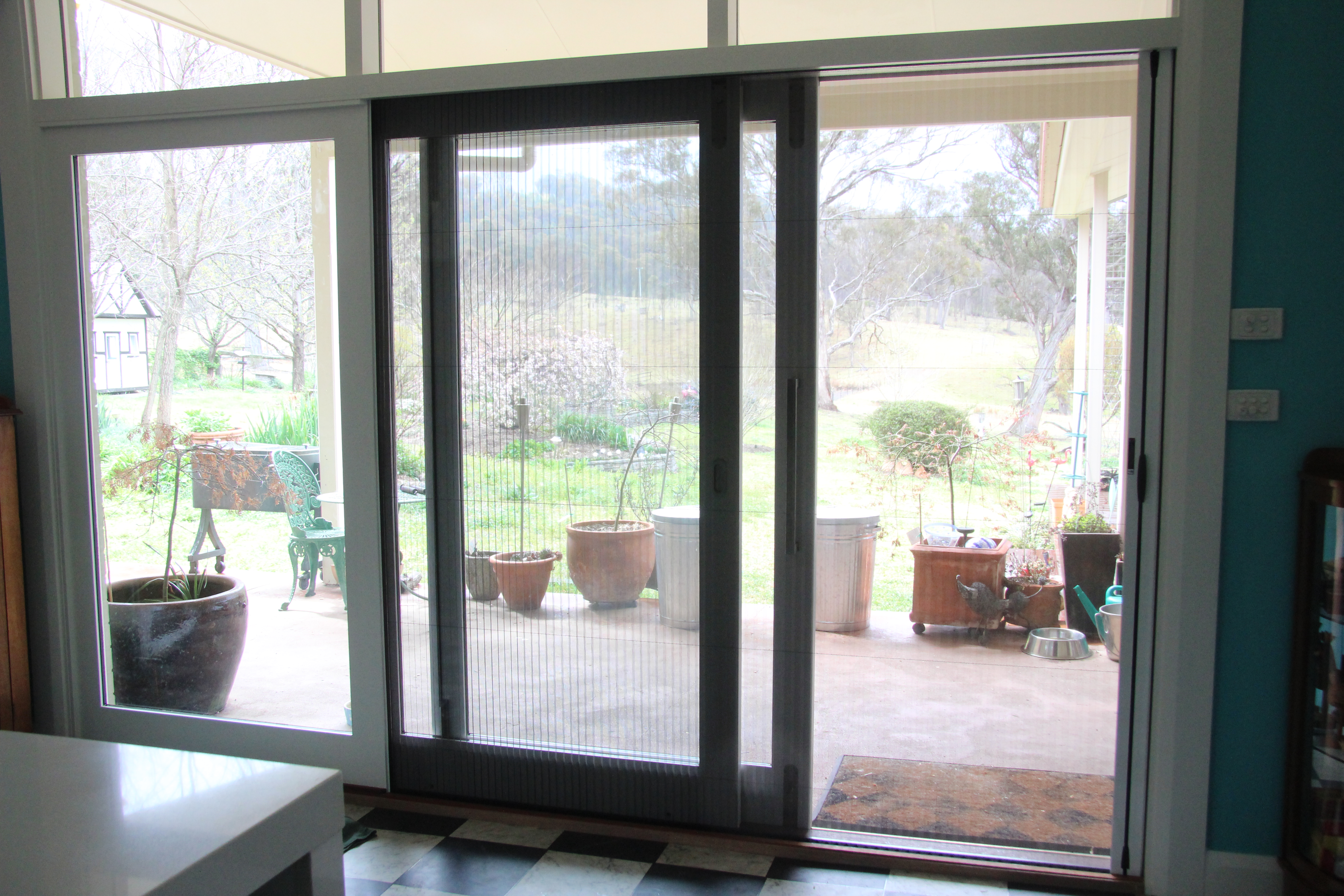 Stacker with Brio Screen - Interior View