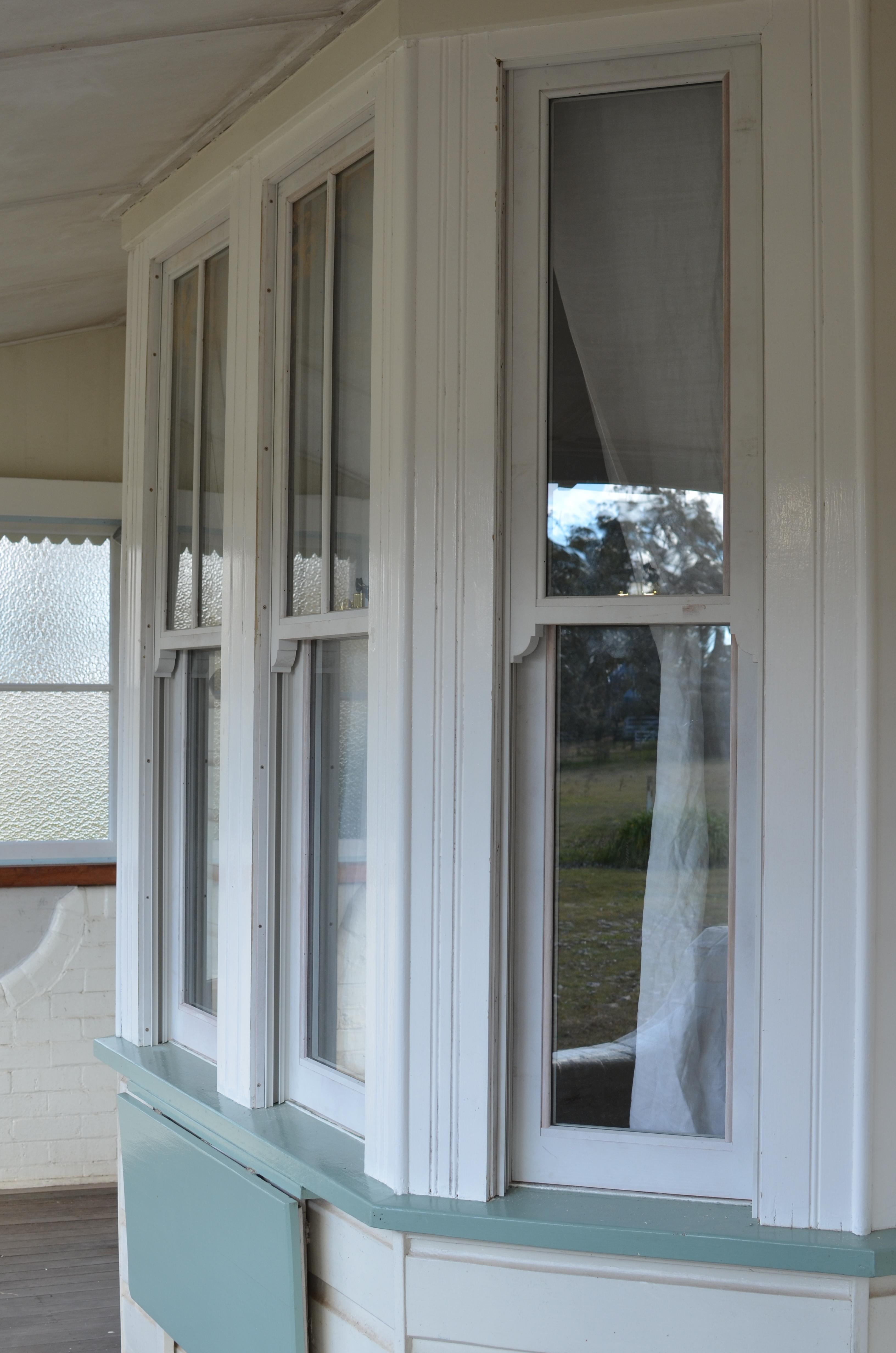 Hooper New DG Sashes and Megjambliners in Bay Window