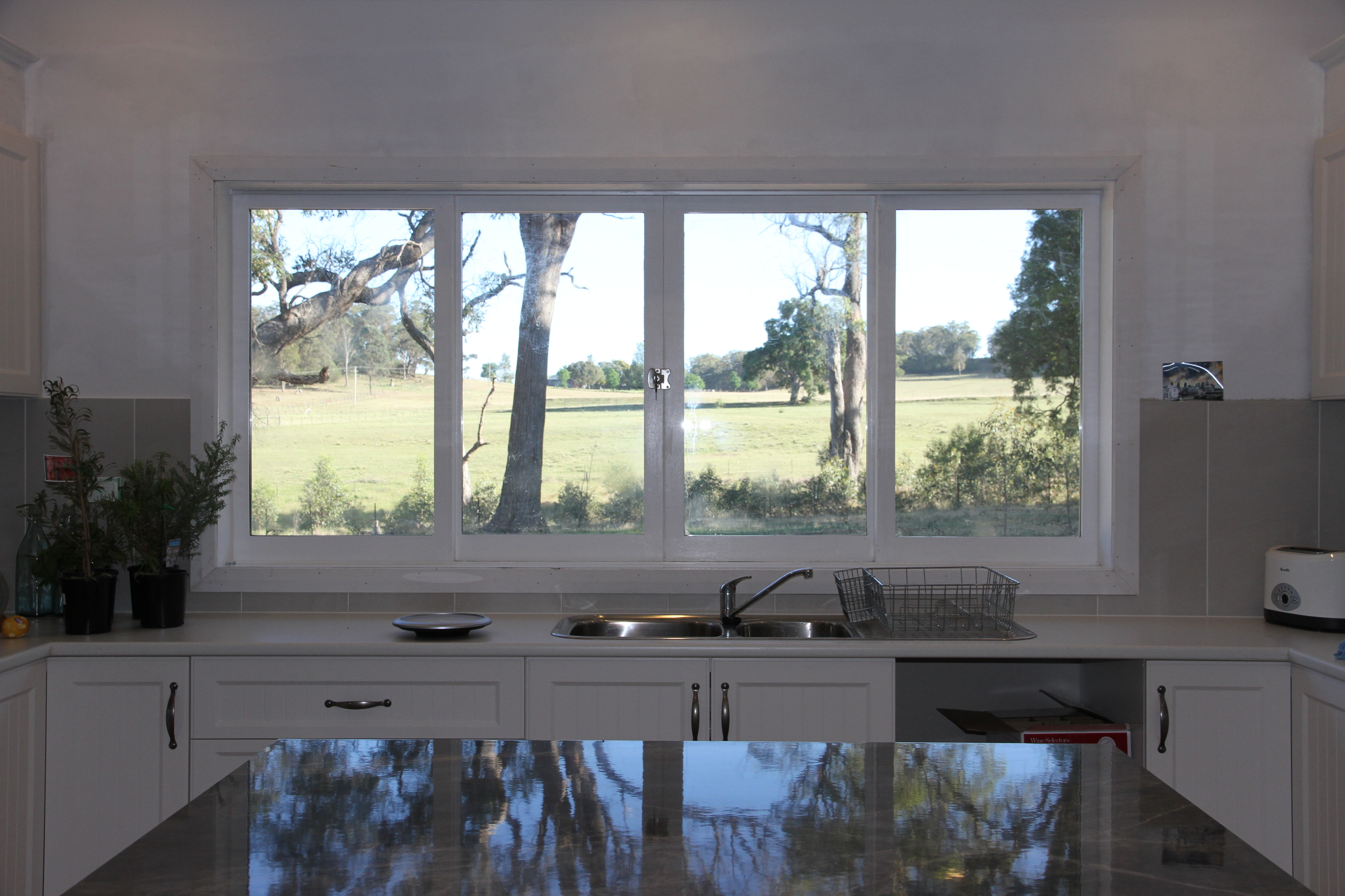 Double Sliding Window Over Kitchen Bench - Lean